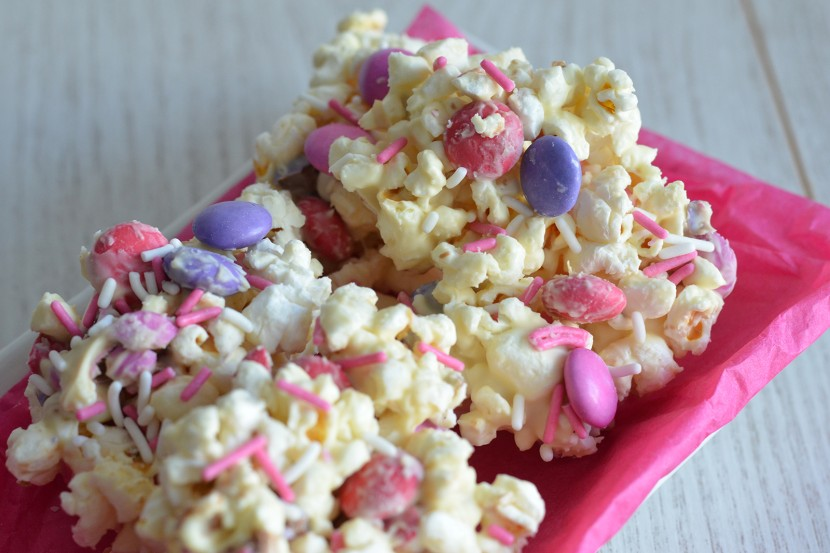 Photo Pop-Corn au chocolat blanc et M&M's®