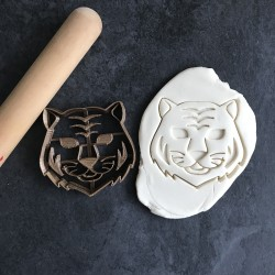 Tiger cookie cutter