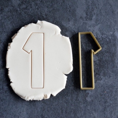 Mickey's Numbers cookie cutter