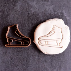 Ice skatingCookie cutter