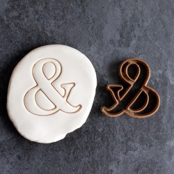 Ampersand cookie cutter