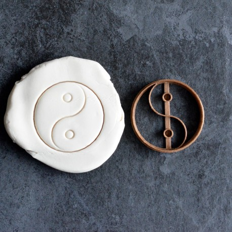 Yin Yang cookie cutter
