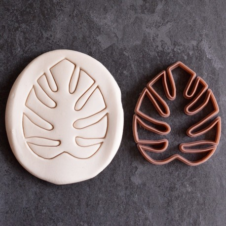 Monstera leaf cookie cutter