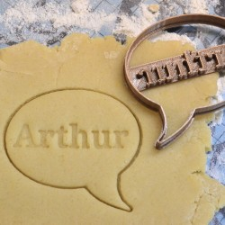 Comic bubble cookie cutter - personalized with name