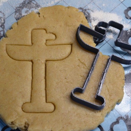 Indian Totem cookie cutter