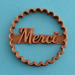 Merci cookie cutter - Scalloped circle