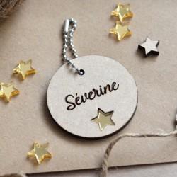Porte-clé en bois Prénom et étoile.