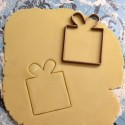 Gift cookie cutter contour