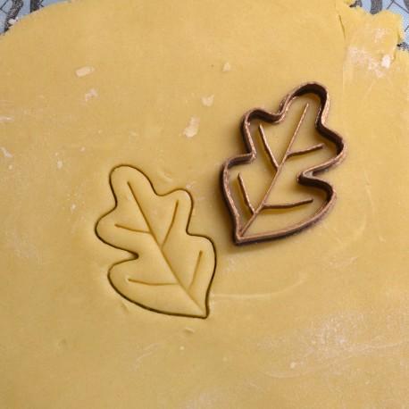 Oak leaf cookie cutter