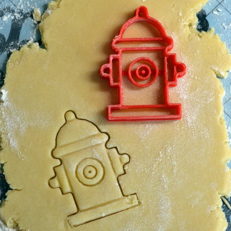 Hydrant cookie cutter