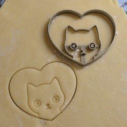 heart cat cookie cutter
