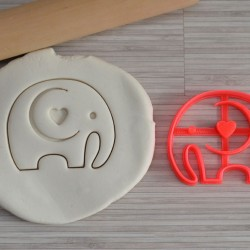 Elephant with heart cookie cutter