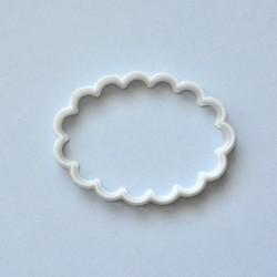 Emporte-pièce ovale festonné