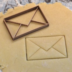 Enveloppe cookie cutter