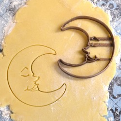 Moon Face cookie cutter