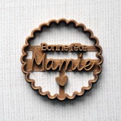 Emporte-pièce Bonne fête Mamie feston