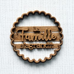 La Famille s'agrandit cookie cutter - scalloped circle