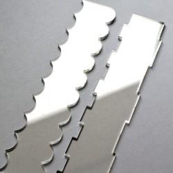 Lisseur acrylique pour gâteaux