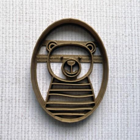 Medallion Bear cookie cutter