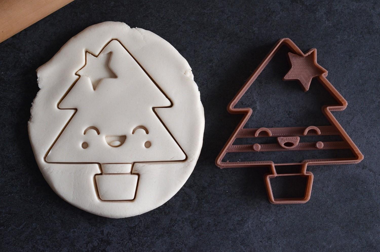 Emporte Piece Sapin De Noel Kawaii La Boite A Cookies