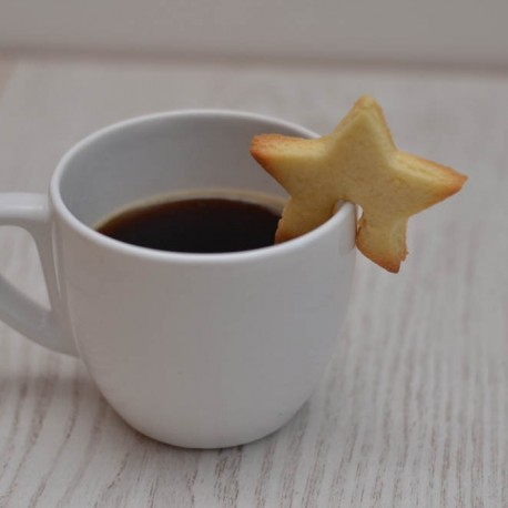 Star cookie cutter - To hang on a mug