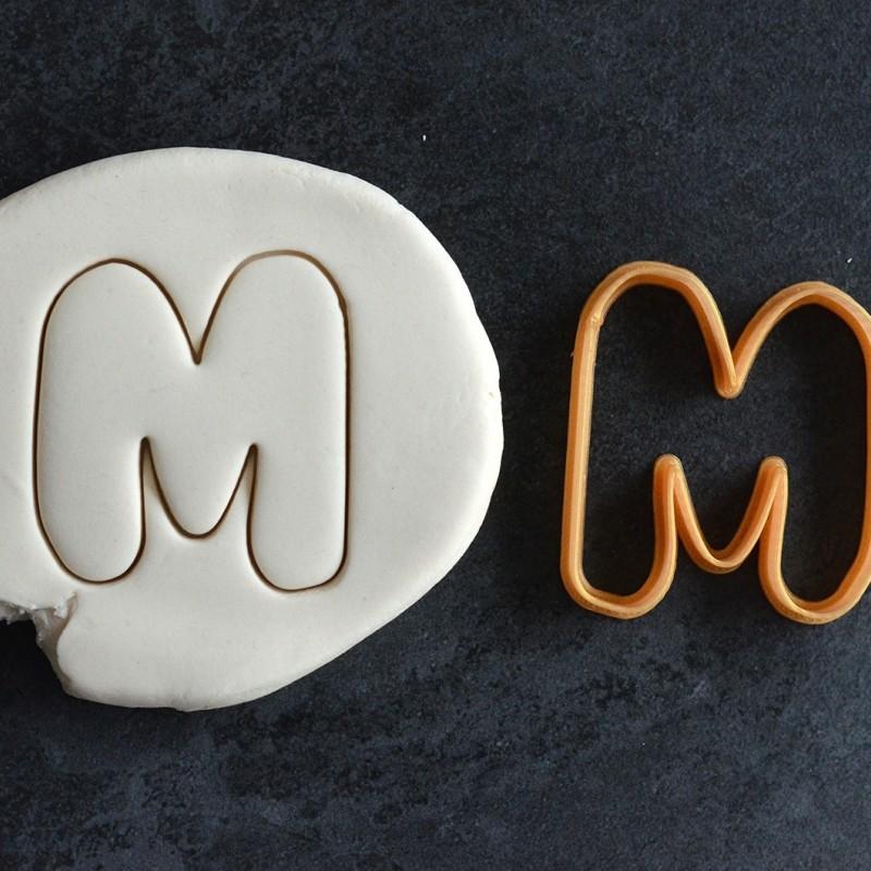 emporte pi ce lettre alphabet la bo te cookies. Black Bedroom Furniture Sets. Home Design Ideas