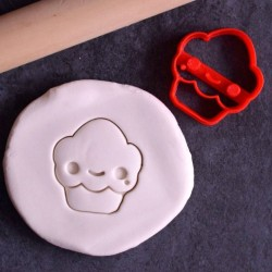 Kawaii Cupcake cookie cutter