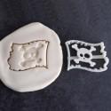 Pirate flag cookie cutter