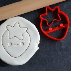 Kawaii Strawberry cookie cutter