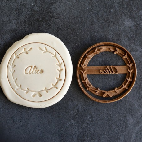 Leaf Wreath custom cookie cutter - Personalized - Birthday, Wedding