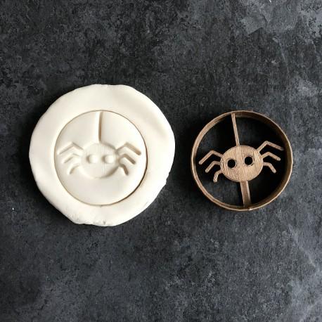 Spider cookie cutter